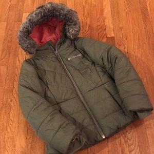 EUC (6/6X) Columbia Puffer Coat